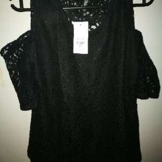 Ashley Collection Carin Lace Cold Shoulder Top-Black-XL