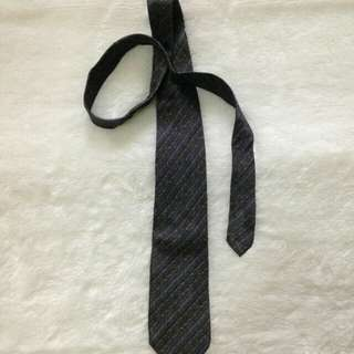 Dasi Tie