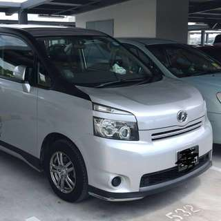 Toyota voxy 2.0x for grab car and uber