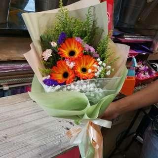 Graduation Flower Gerbera Bouquet