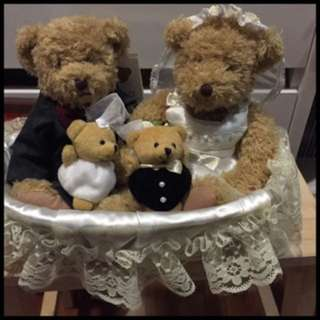 Pre-loved wedding bears
