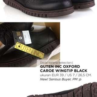 GUTEN INC OXFORD CAROE WINGTIP BLACK