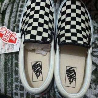 Brandnew Vans Black/White Checkered