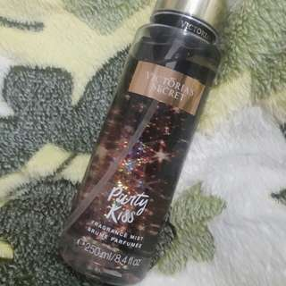Victoria's Secret Fragrance Mist in Party Kiss
