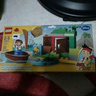Authentic lego duplo set 10512 jake never land pirates