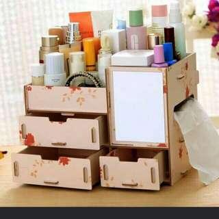 Makeup wooden organizer