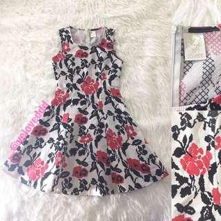 *Jovet red black floral dress