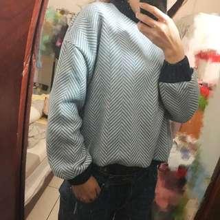 保暖線條毛衣