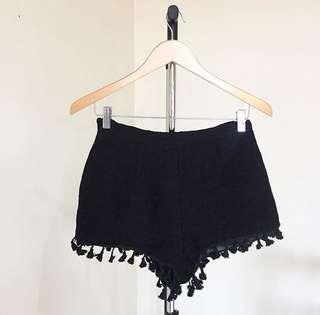 Black pompon hw pants