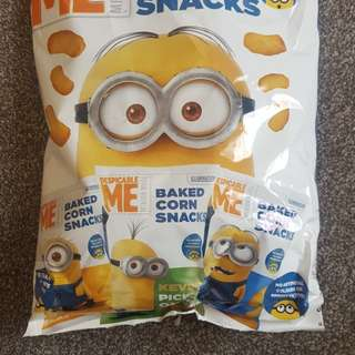 Minion corn snacks