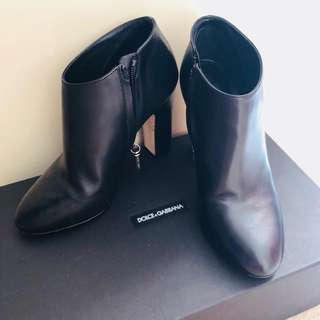 Authentic D&G boot.