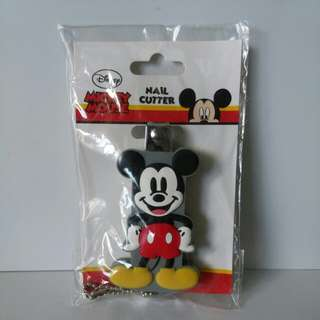DISNEY Mickey Mouse Nail cutter includes POSTAGE