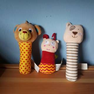 3 toys r us baby squeakers