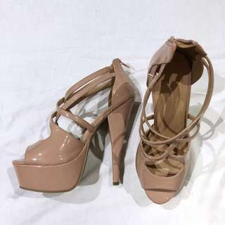 (AU8) Forever 21 Nude Strappy Heels