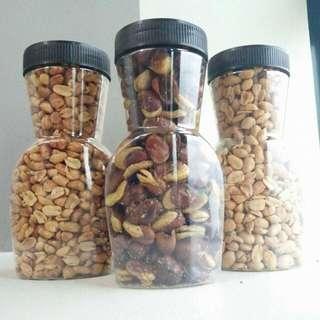 Garlic Peanuts / Spicy Peanuts / Pop Beans