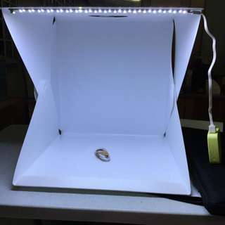 Brand New 40cm Portable Lightbox with built in LED Light Lighted up studio box