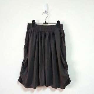 鬆緊側抓褶五分寬褲裙