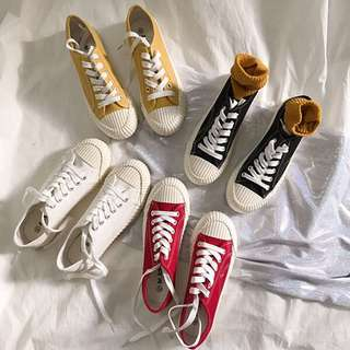 PO: Retro Canvas Shoes