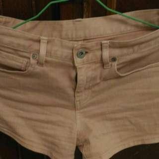 🚚 優衣庫粉色短褲