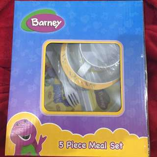50% OFF! Brand new Barney 5 Piece Meal Set