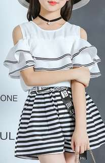 White TOP plus A-line skirt short