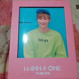 ALBUM WANNA ONE :TO BE ONE : include POSTER