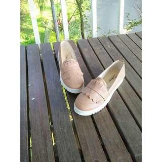 Sepatu Slip on loafers