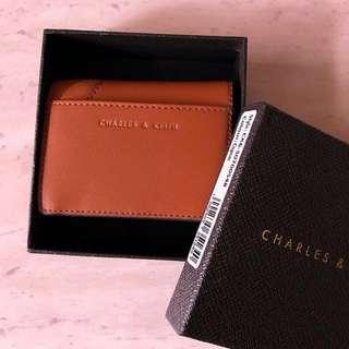 🚚 含郵🔥CHARLES & KEITH 皮革麂皮拼接 短夾/卡夾/零錢包