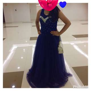 ⭕️REPRICED REPRICED⭕️ ball gown navy blue no peticot with free bag