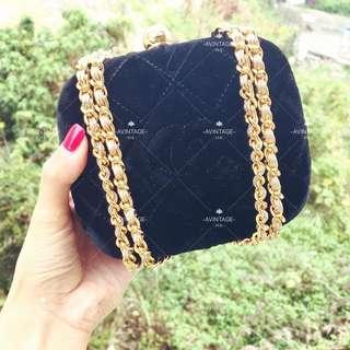 (SOLD)Chanel Vintage 罕有黑色絲絨Clutch Bag