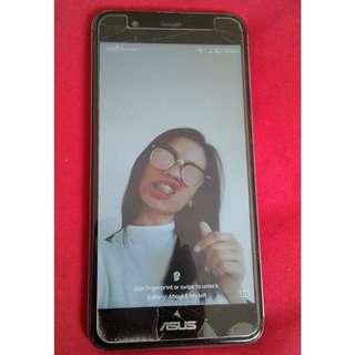 Asus ZenFone 3max 5.2