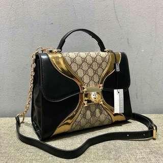 GUCCI PETITE handbag (FREE POSTAGE)