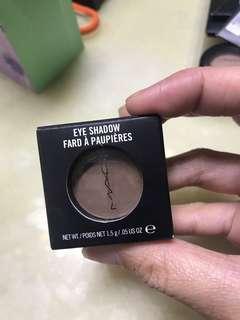 MAC Eyeshadow brand new Charcoal Brown