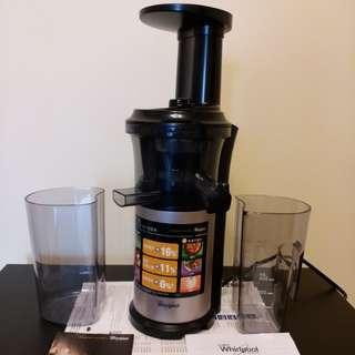 慢磨榨汁機