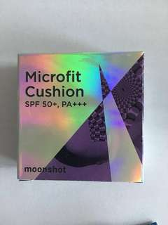 Moonshot cushion foundation #301