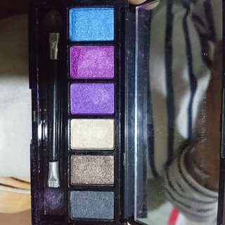 Shawill eyeshadow