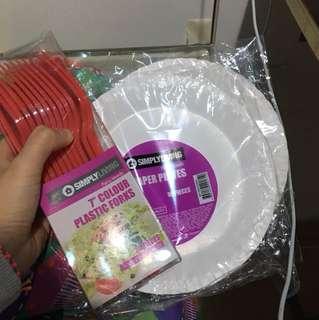 即棄紙碟餐具