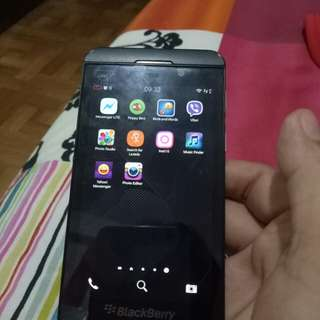 blackberry z10 16gb with  cable - repriced