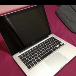 sell to us all your Used /Spoilt new macbook for cash