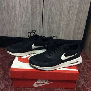 Authentic Nike Air Max Thea (Black/Summit White)