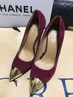 全新 Burgundy heels Size 37