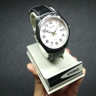 Casio 手錶 MTP-1302 全新品