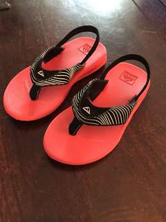 Reef toddler flip flops 7T/8T