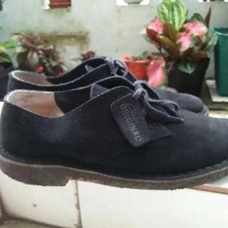 Sepatu clarks desert original