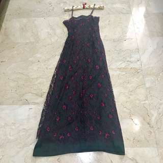 Scallop embroidery dress