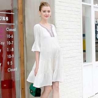 Bohemian maternity dress sizes availab E