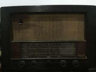 Pajangan radio vintage