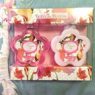 ✨ REPRICED ✨ Body in Bloom Forever Lily Gift Set (Shower Gel & Body Lotion) 100ml)