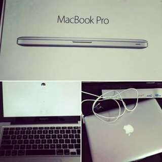 SELLING MY MACBOOK PRO 13 INCHES (NEGOTIABLE)