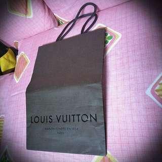 LV Paper Bag 💎LOUIS VUITTON💎